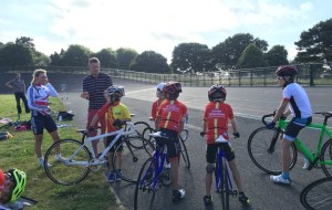 Poole Wheelers weekly Club Track sessions start again Monday 1st April