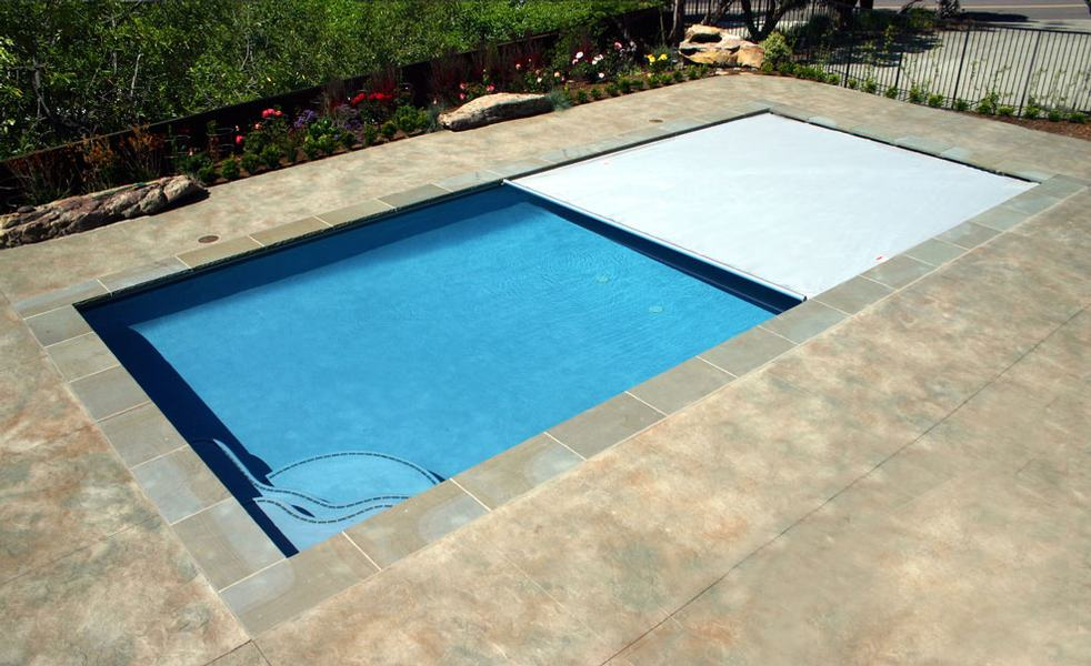 Pros and Cons of Automatic Pool Covers Poolmax Pool Builder