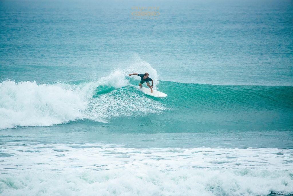 Surfing in Taiwan: Donghe/Dulan