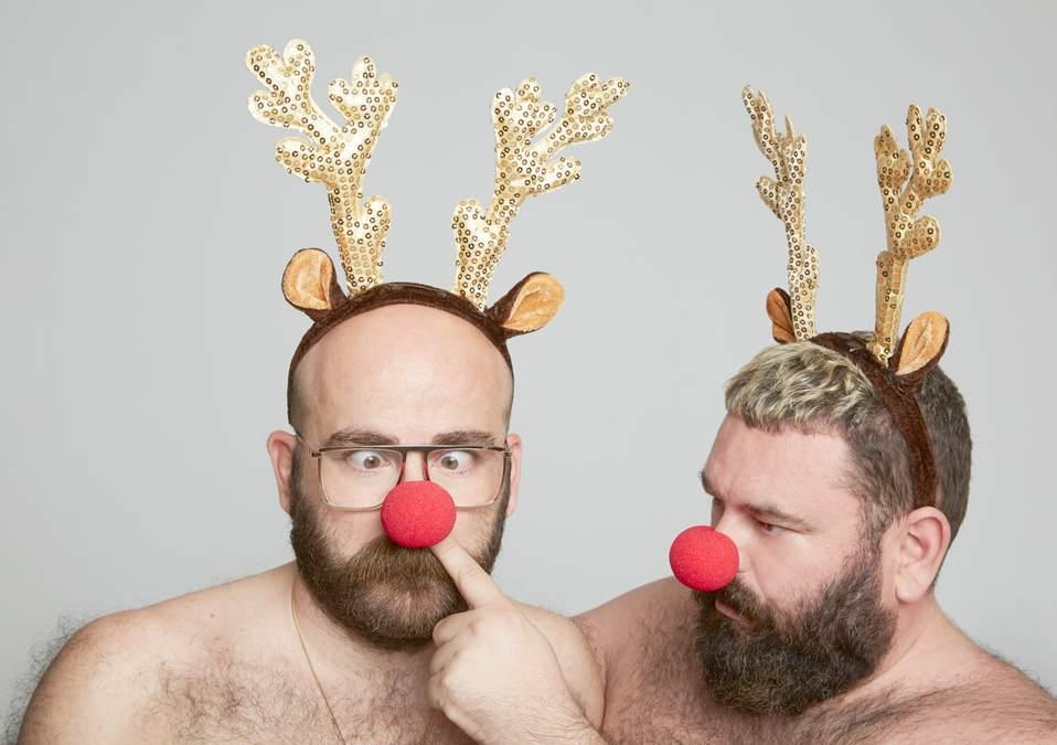 La POPair y todos sus amigos te desean Feliz Navidad… ¡con las orejas de Rudolph!