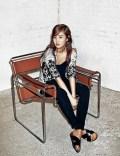 Yuri SNSD Harper's Bazaar March 2014 (12)