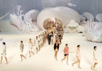 chanel-spring-summer-2012-ready-to-wear-show-final