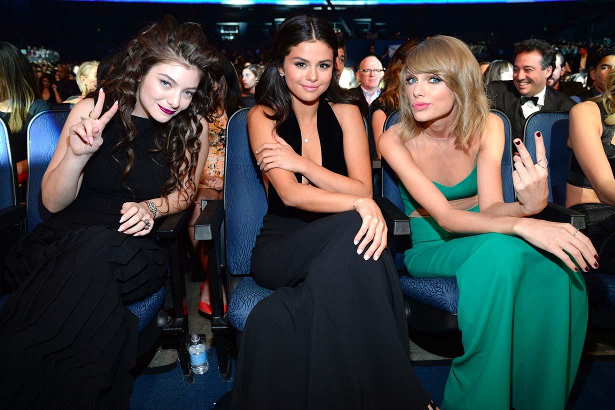 Selena Gomez 一口氣取消關注 300 位朋友 閨蜜幫 IG 果然只剩下她