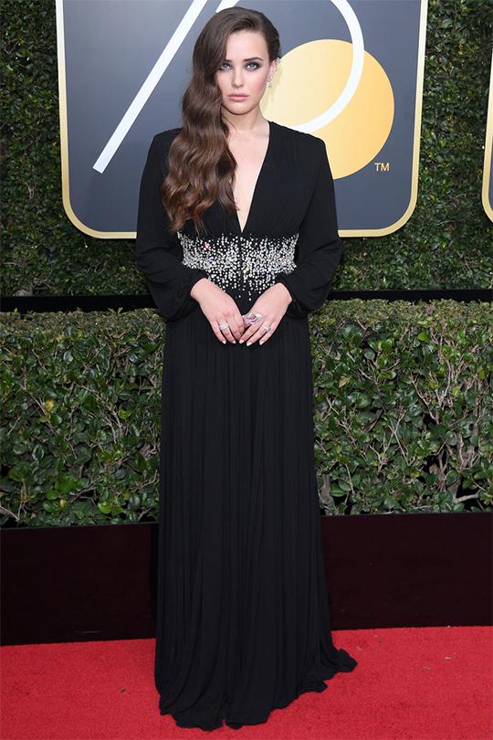2018 第75 屆金球獎 女星們發起Time's up 運動 以全黑造型現身紅地毯聲援性侵受害者