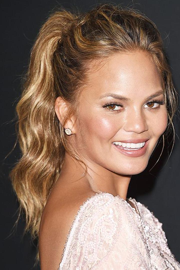 髮型也有「瘦面」的功能  學會了這 7 款以後也不再把頭髮放下來