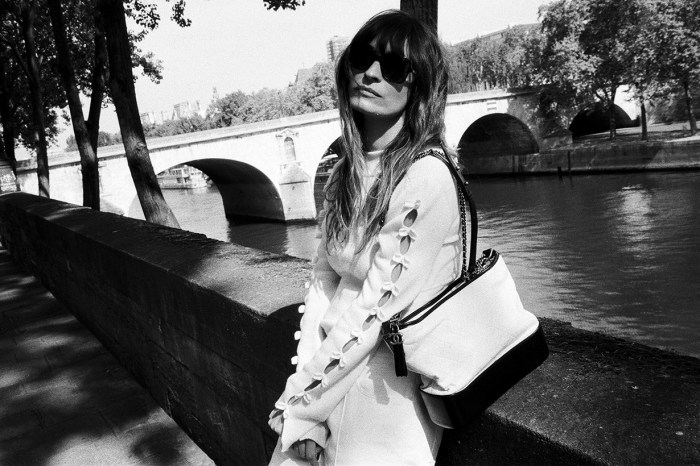 連巴黎潮人也向她學習!這 Fashion Icon 還吸引到 Chanel 與她共同推出網站 CdmDiary