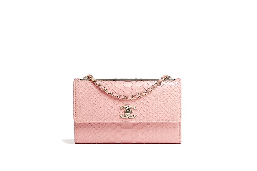 Wallet On Chain 是 Chanel 的入門級手袋 2018 早春 30 個款式