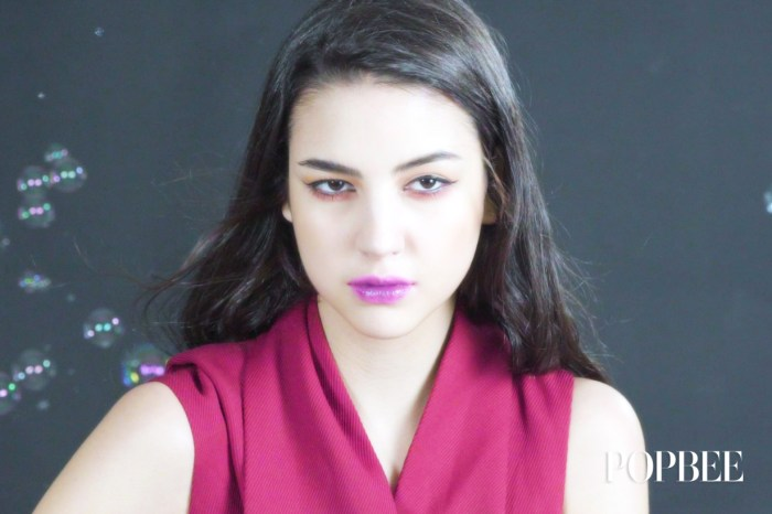 #POPBEE 專題:今季大熱的 Ultra Violet 唇妝,原來這麼易就做到了!