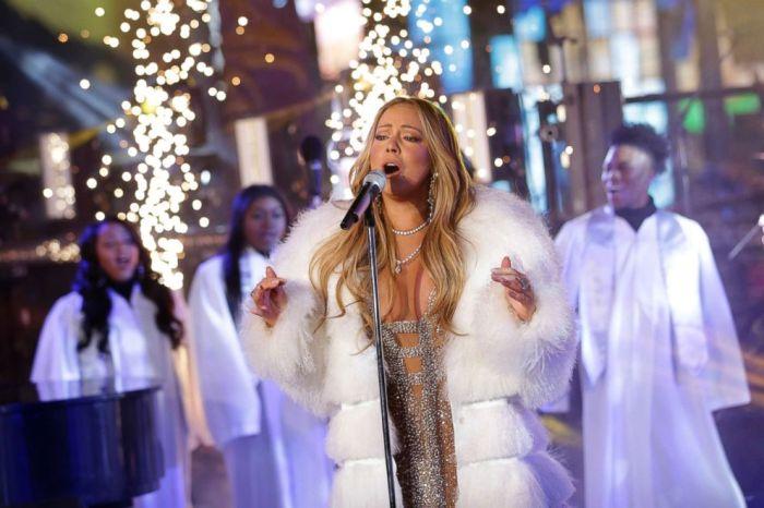 再接再厲!曾被形容為「史上最糟除夕表演」, Mariah Carey 今年的演出是如何?