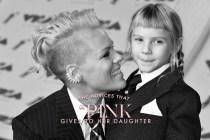 #POPBEE 專題:看完 Pink 給女兒的這 5 個建議,我也想有這樣的一個媽媽!