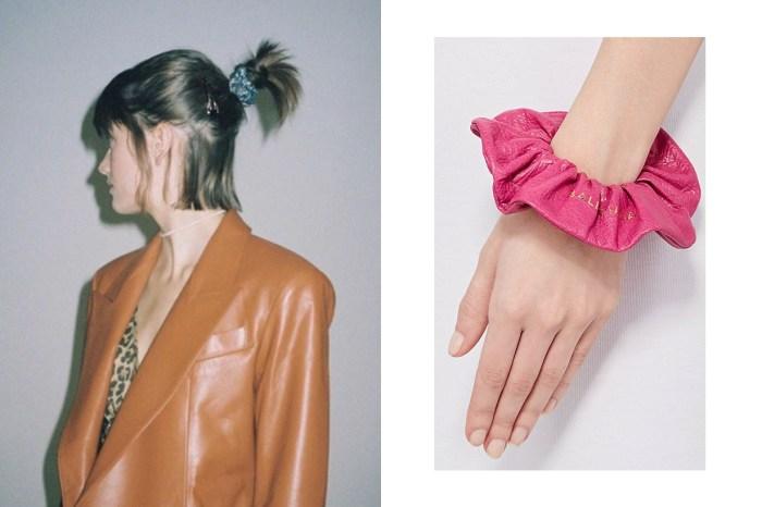 新一年難以避談的時尚小玩意:「 Scrunchies 」 髮圈載譽歸來!