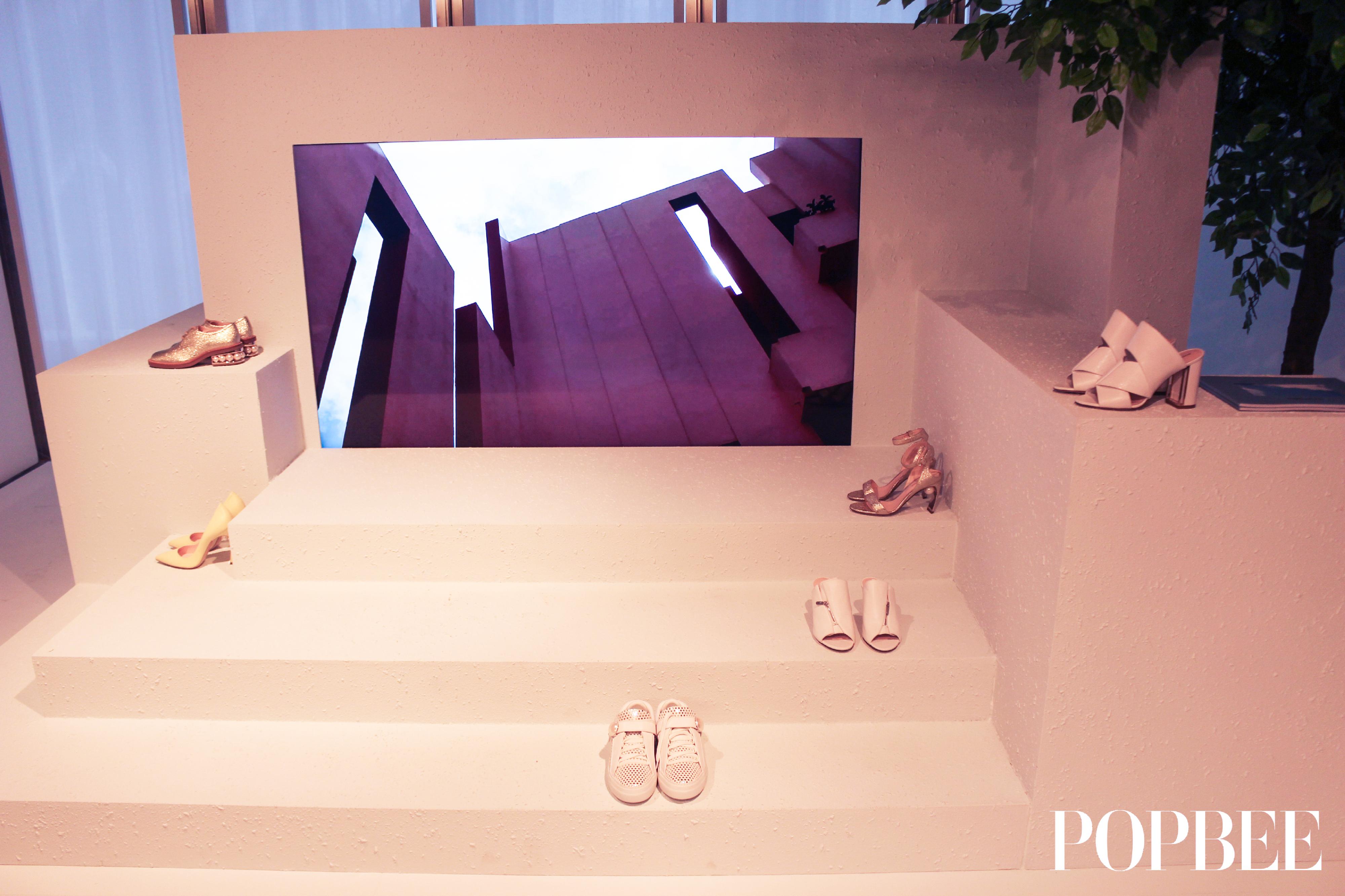 Nicholas Kirkwood 2018 春夏鞋履系列為你塑造增添自信心的簡約細節
