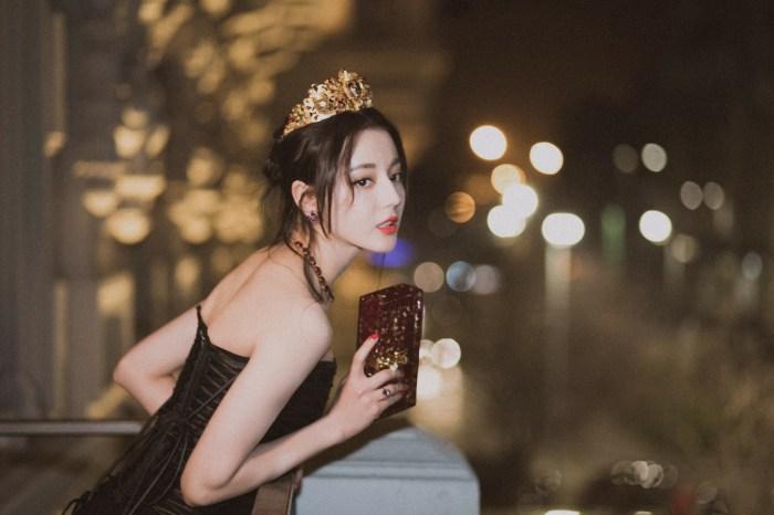 「亞洲最時尚臉孔」迪麗熱巴,靠這 3 大風格的 Dolce & Gabbana 驚艷米蘭!