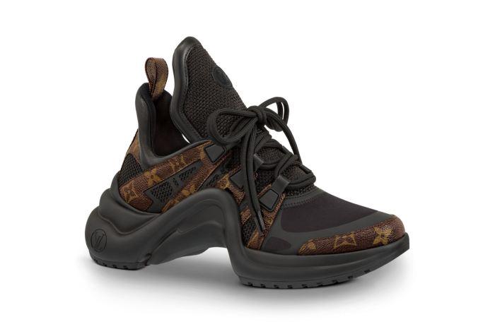 跟上醜鞋風潮!Louis Vuitton 也出「Dad Shoes」, 7 色齊發正式開賣!
