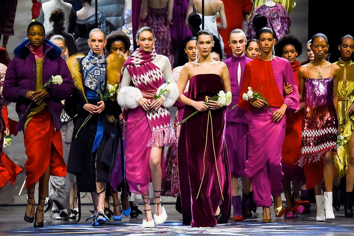 Gigi Hadid Bella Hadid 領軍行騷 NYFW 的這幕令許多女性感動