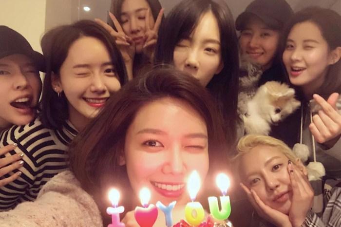 感情依舊好,少女時代私底下驚喜合體慶祝秀英生日!