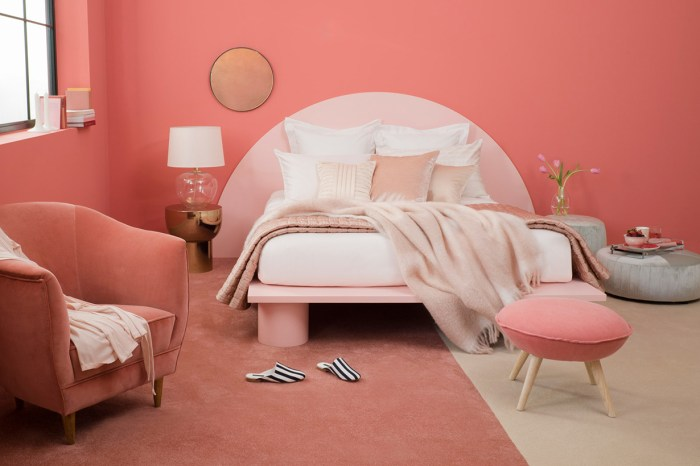 想擁有如 Wes Anderson 電影場景般的家嗎?買齊 Zara Home 的最新系列就可以了