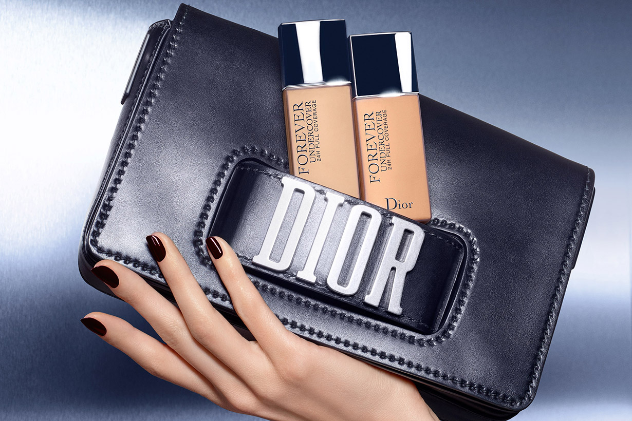 Image of 夏天想要有完美妝容,只要一支 Dior 粉底液就夠了!