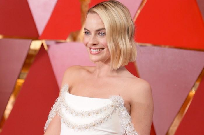 又添一時尚履歷,Margot Robbie 正式加入 Chanel 大使行列!