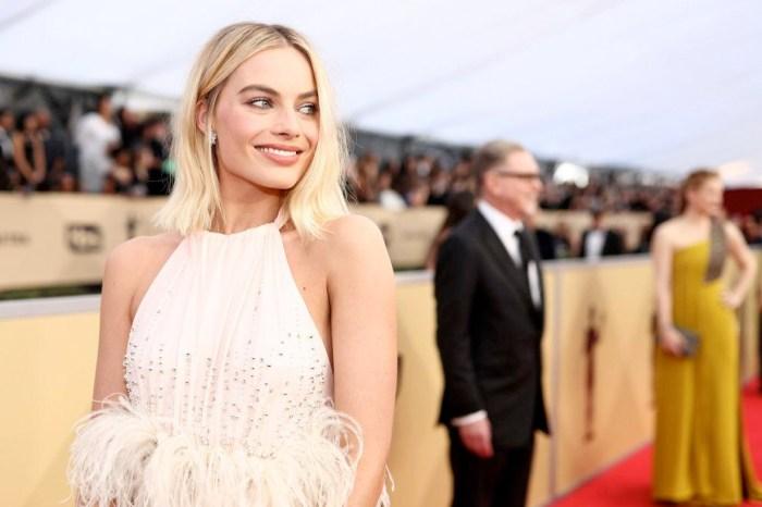 才剛在奧斯卡亮麗登場,其實 Margot Robbie 整家人都不支持她的演藝之路!