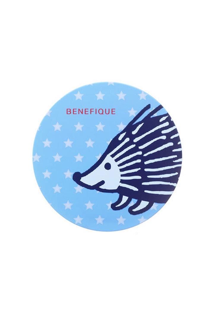 當日本美妝品遇上北歐設計  資生堂品牌 Benefique 要跟著名陶藝師 Lisa Larson 合作