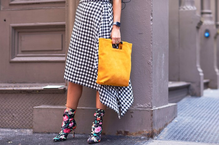 想仿傚法國女生獨有的 Effortless Chic,又怎能少得這種衣物?