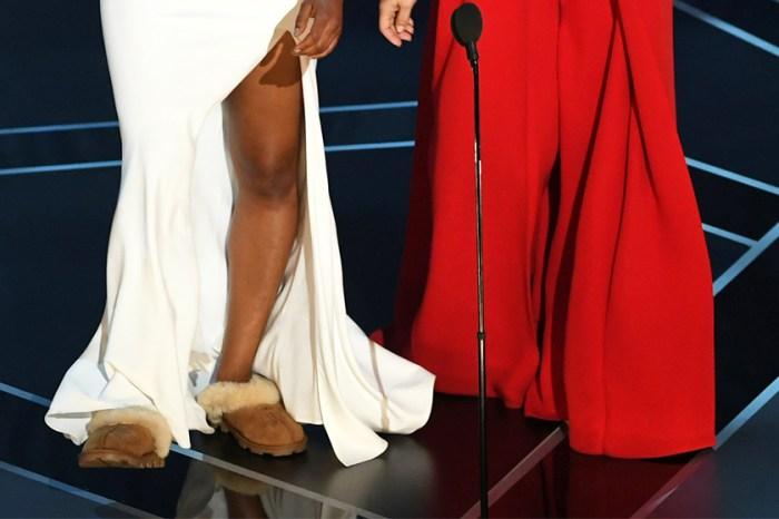 #奧斯卡2018:有一種自信叫做自己!當女星們都穿上超高的高跟鞋,她竟以 UGG 拖鞋配一件穿過 3 次的晚裝?