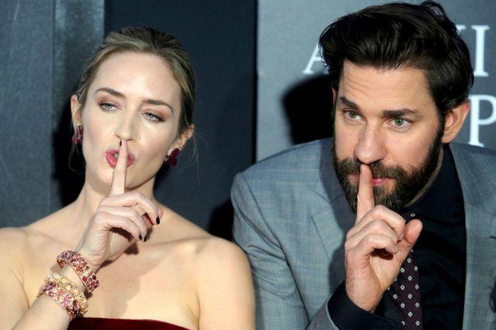 新一代鬼馬夫妻?Emily Blunt 老公自爆:「當初因為追不到 Anne Hathaway 所以… 」