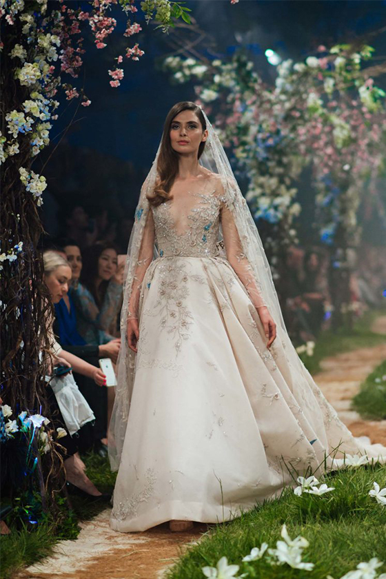 仙氣逼人!想不到如些夢幻的婚紗都是來自迪士尼的迪話故事…