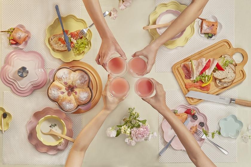 Le Creuset 推出 晨曦粉 Ombre Pink 和 花語瓷器 系列