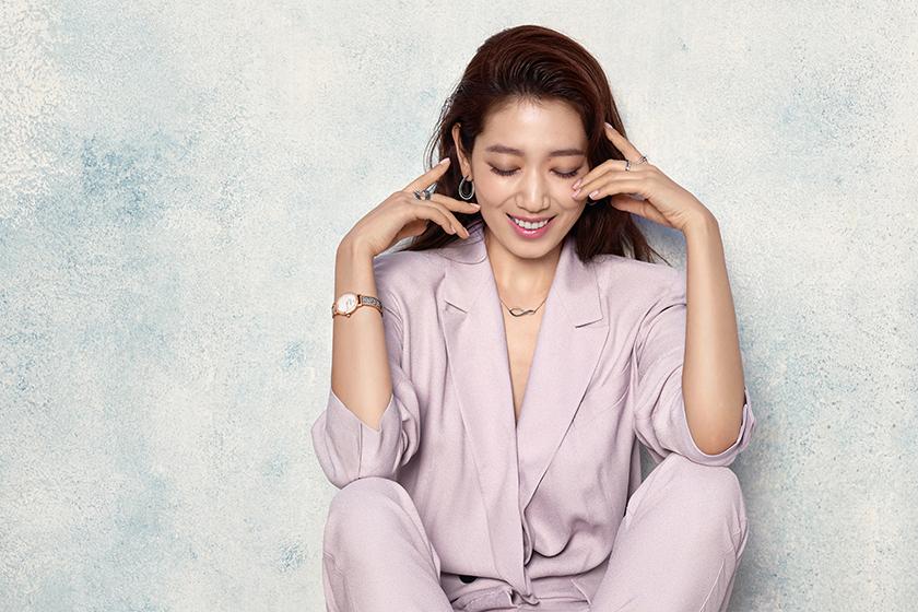 朴信惠 park-shin-hye-swarovski-watches-lookbook