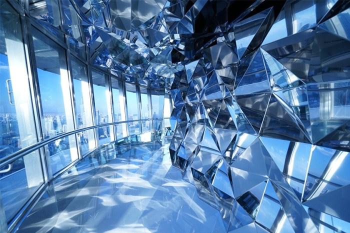 瞬間變 IG 潮點!東京鐵塔新增的「Top Deck」觀景台大玩迷幻光影效果!