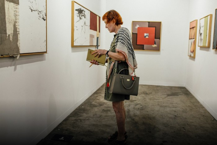 Art Basel 也許是另一個時裝週?不止藝術品好看,各地潮人造型一樣精彩