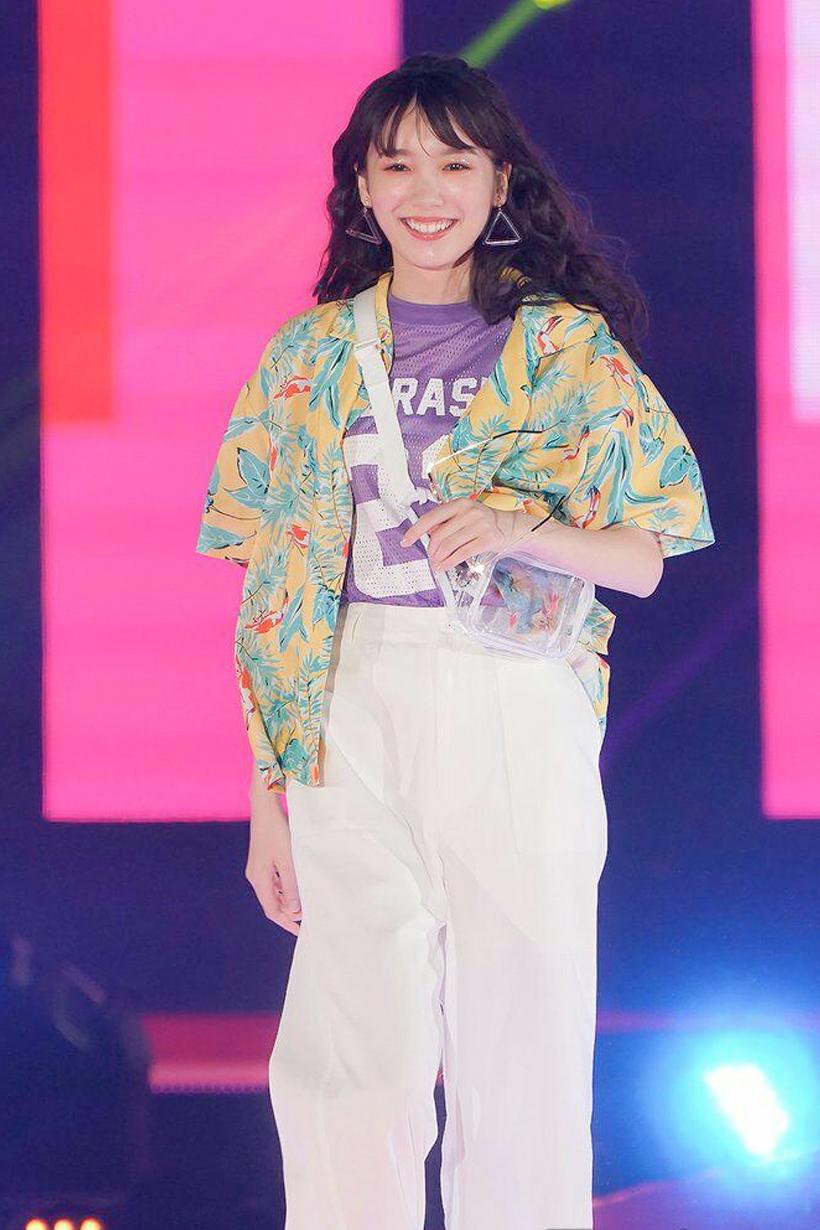 GirlsAwards Japanese Girl Fashion Style model 2018 Summer