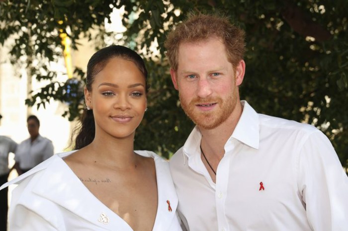 被問會否出席哈里王子婚禮,Rihanna「神回應」記者