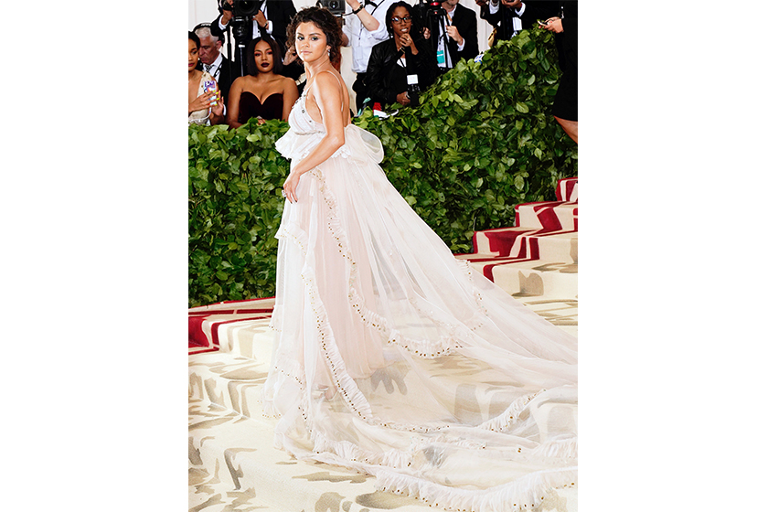 blake lively selena gomez hidden messages in met gala 2018