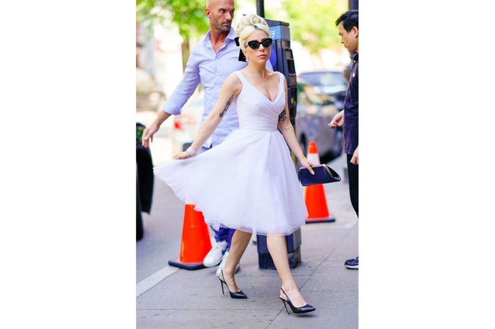 lady gaga dress 1