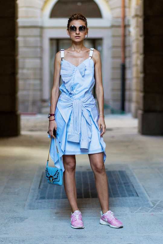 sneakers-with-dress-summer-street-style