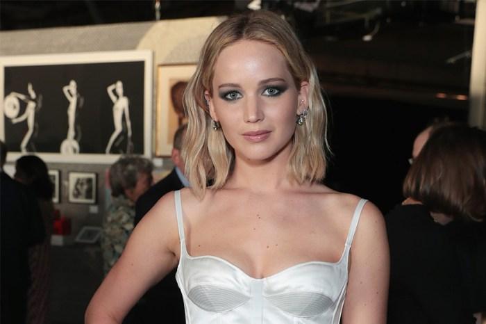 難道真是大叔控?Jennifer Lawrence 被傳跟相距 21 年的導演復合
