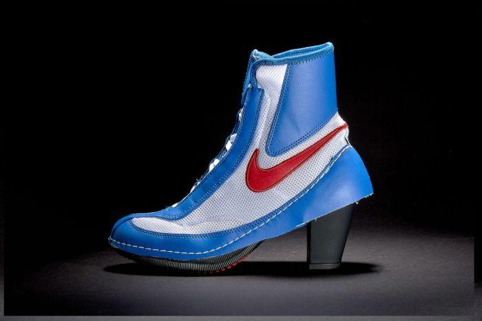一次滿足兩種風格?Nike 與 CDG 聯名高跟鞋已經正式上架!