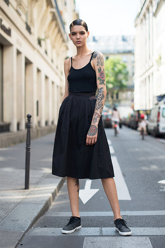 how-to wear-all-black-summer
