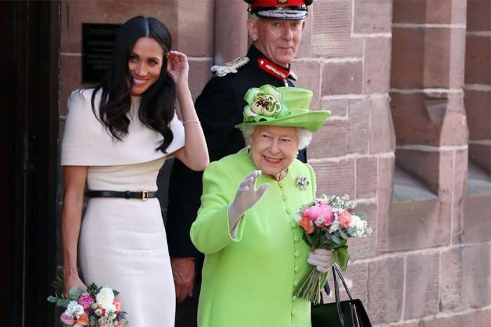 Meghan Markle 首次跟英女王出席活動,身體語言專家分析她的心情是…