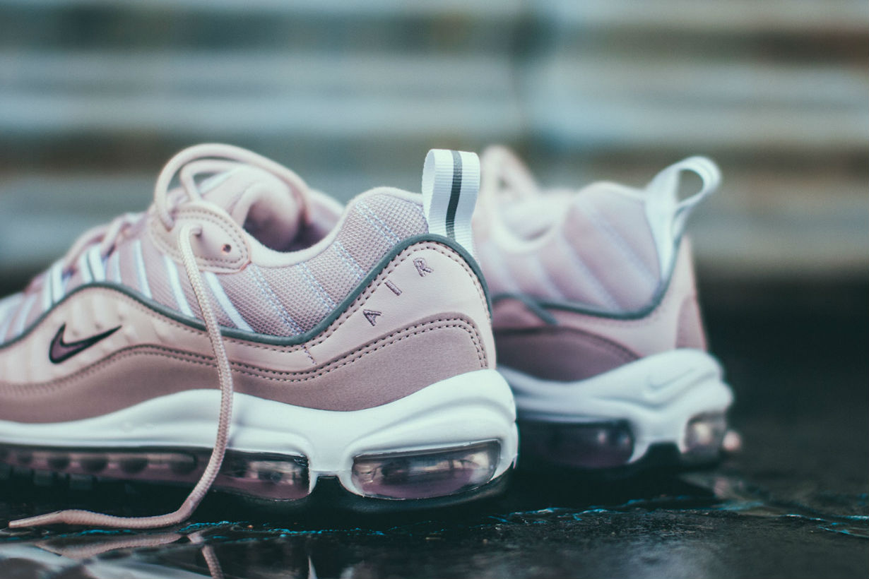 nike-wmns-air-max-98-barely-rose