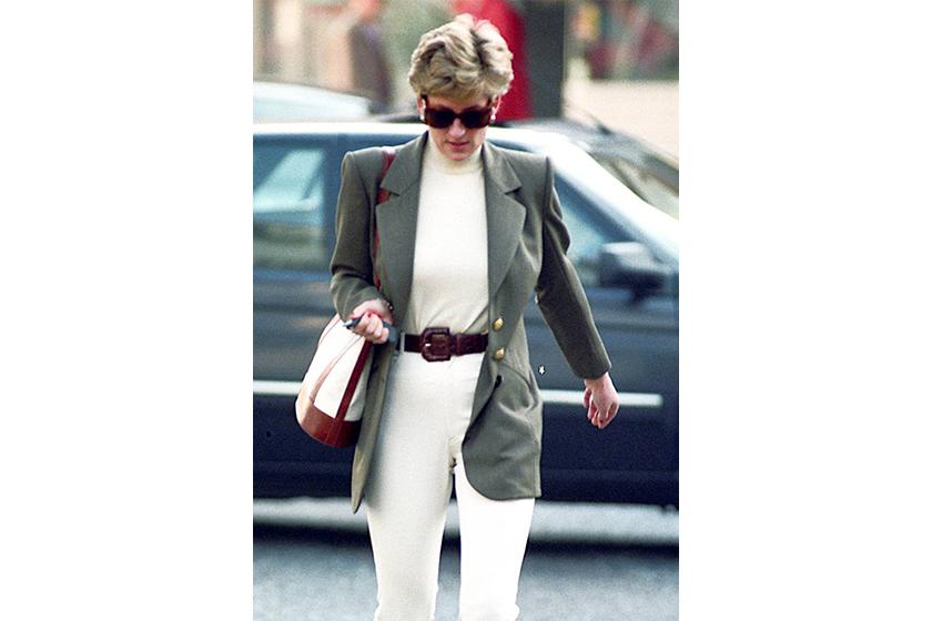 princess diana style turtleneck sunglasses