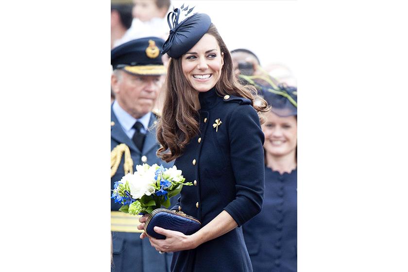 kate middleton style CLutch navy dress