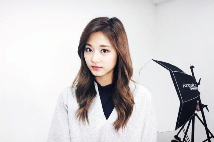 嫌波浪捲曲髮太普通?那就跟 Twice 子瑜換上韓式微捲曲髮吧!