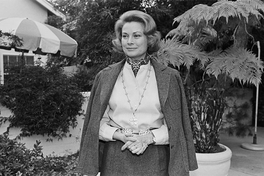經典的時尚首飾!連摩納哥王妃 Grace Kelly 都大愛!