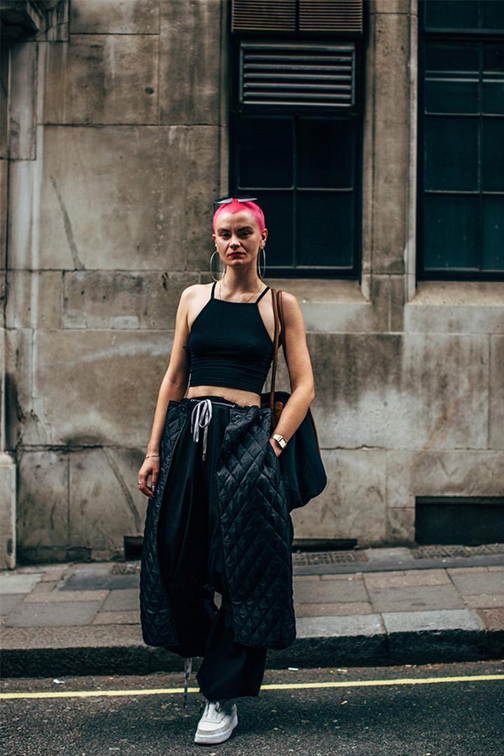 2019 Spring Men's Fashion Week Women Street Style