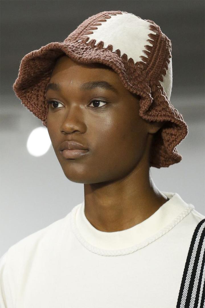 Bucket Hat Trend Summer 2018