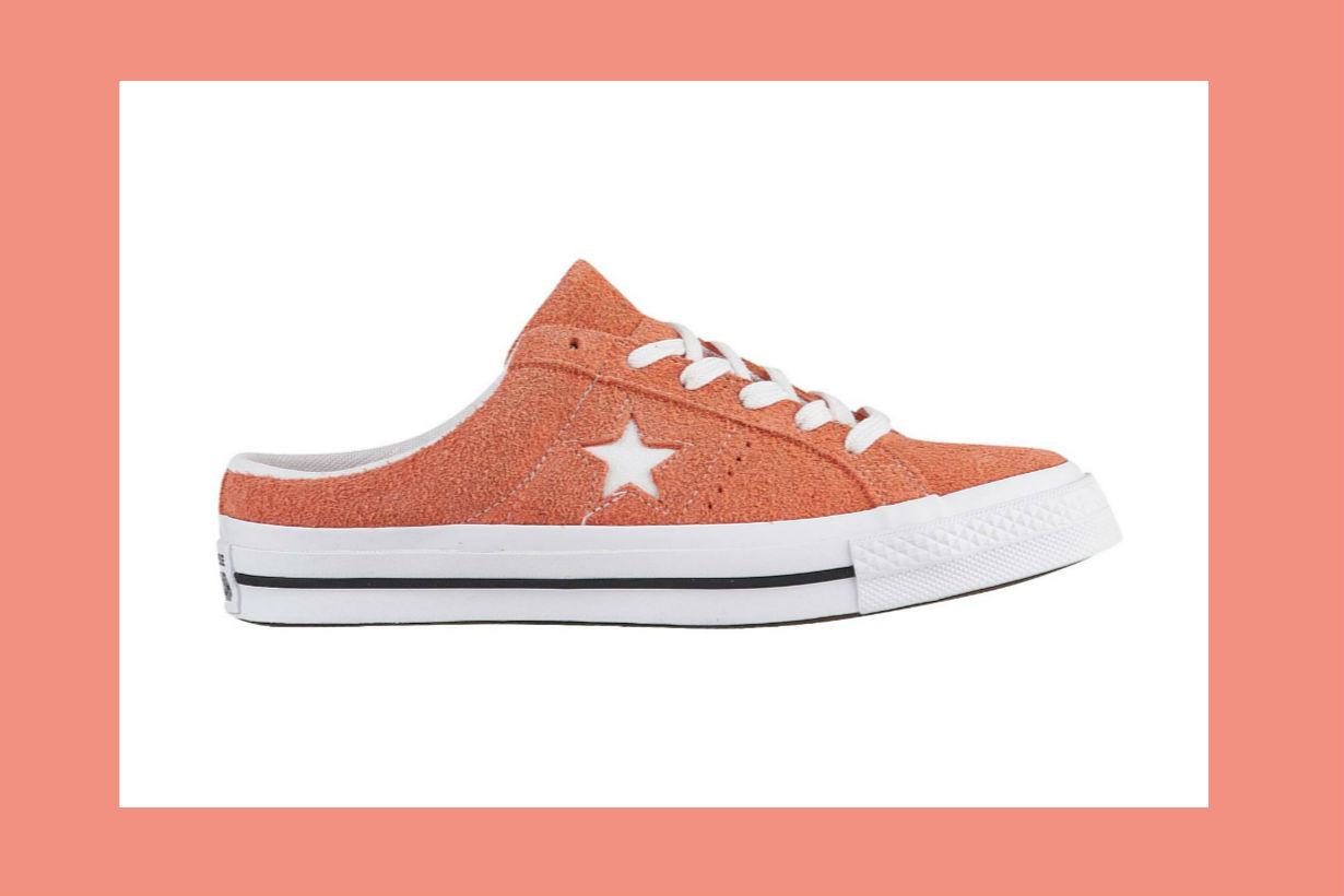 converse-one-star-mule-black-egret-rush-coral